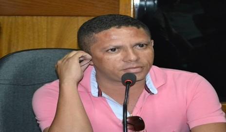"""Promotor do """"Bizzú"""" anuncia que não irá realizar bloco carnavalesco em Delmiro"""
