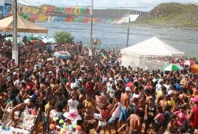 Decisão liminar suspende realização do Carnaval de Canindé de São Francisco