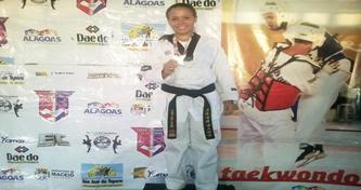 Delmirense é 1° lugar no Campeonato Alagoano de Taekwondo e na Seletiva Brasileira