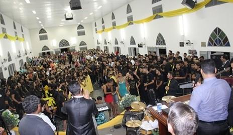 """Evangélicos da Assembleia de Deus encerram 25º Congresso de Jovens com """"Chave de Ouro"""""""