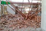 Telhado de creche municipal desaba em Delmiro Gouveia; ninguém ficou ferido