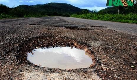 Motoristas reclamam das condições péssimas da AL-145; Governador fala sobre o caso