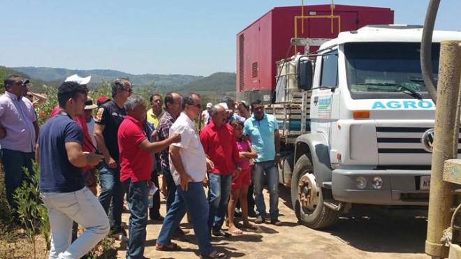 Prefeito Zé Cícero dá pontapé inicial nas perfurações de poços em comunidades de Inhapi