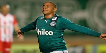 Walter é apresentado pelo CSA para disputar Série B do Brasileirão