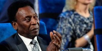 Pelé não vai para abertura e deve faltar a sua primeira Copa desde 1958