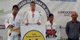 Atleta delmirense conquista primeiro lugar em Campeonato de judô