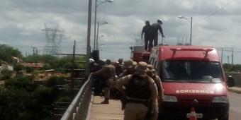 Corpo de homem é encontrado embaixo da ponte metálica em Paulo Afonso
