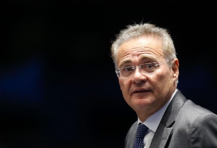 """""""Balbúrdia é esse governo"""", diz Renan ao repercutir manifestações"""
