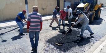Prefeitura de Piranhas inicia tapa buraco de avenidas e ruas do Bairro Xingó