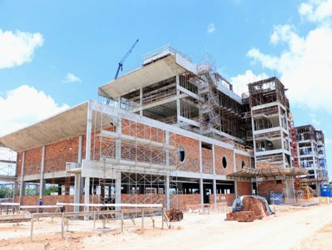 Investimentos em obras do Estado impulsionam admissões na construção civil em 2019