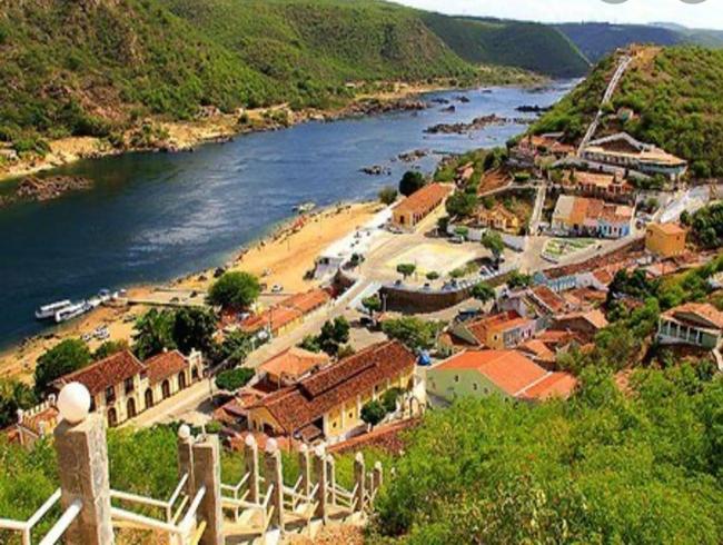 Ocupação hoteleira chega 97% e Prefeitura de Piranhas mobiliza ações de infraestrutura e segurança