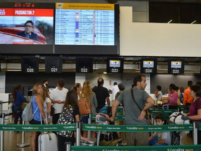 Congresso pressiona governo por redução no preço de passagens aéreas