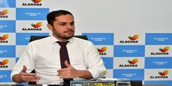 AL aciona Justiça para reaver R$ 4,4 milhões repassados para aquisição de respiradores