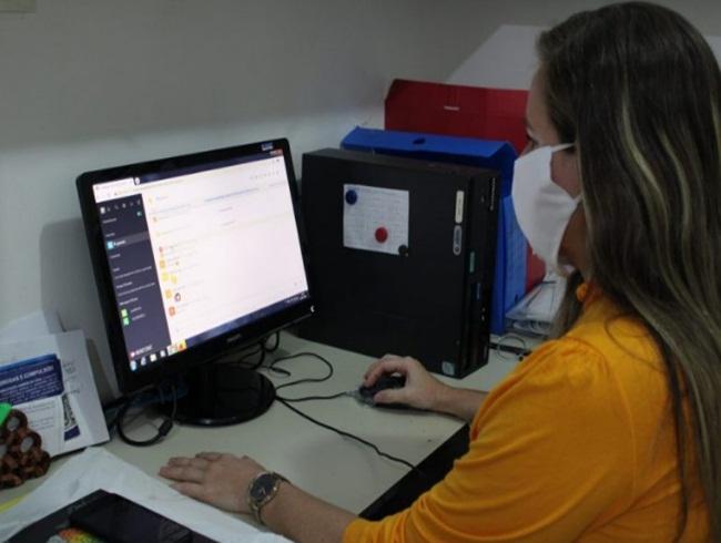 Mais de 400 servidores da saúde já foram atendidos pelo Acolhe Sesau