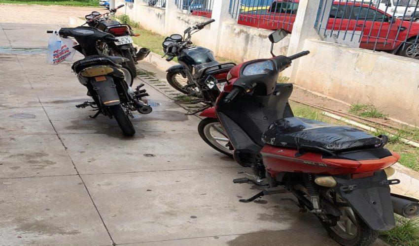 Operação conjunta da PRF e Polícia Civil de Paulo Afonso recupera motocicletas furtadas